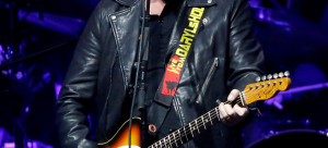 Hall of Hall & Oates performs at Staples Center in Los Angeles
