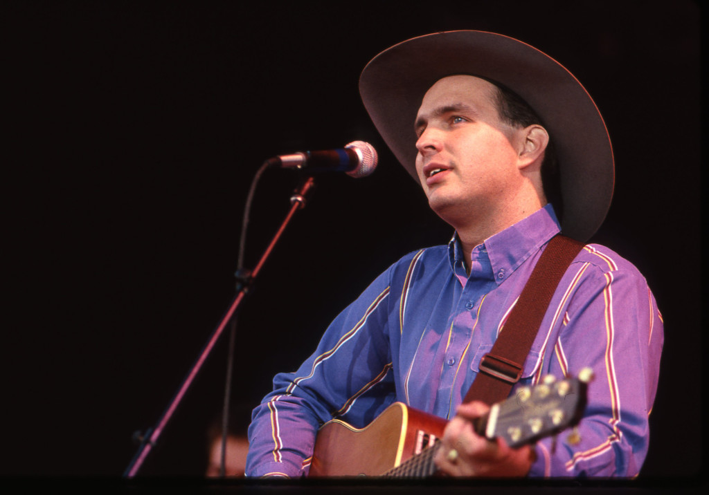 Garth Brooks Performs For The Parade Of Pennies